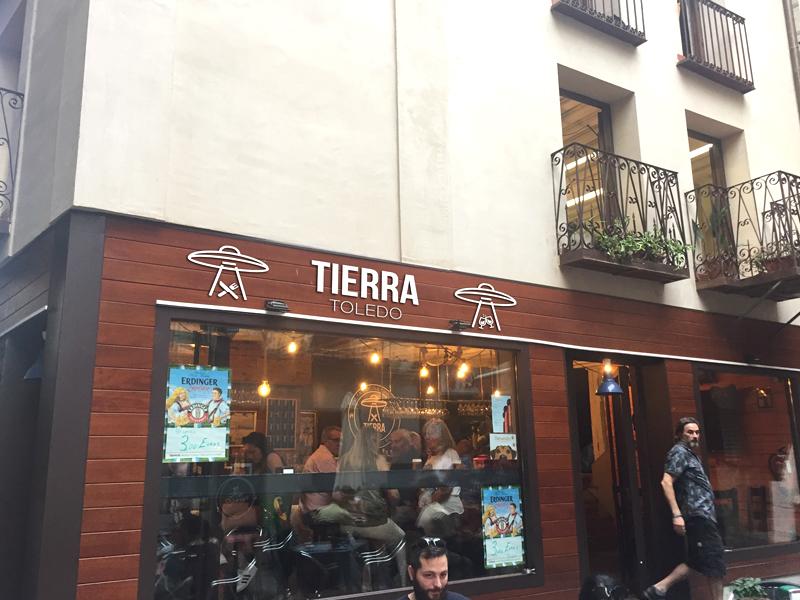 Bar_Tierra-Fachada